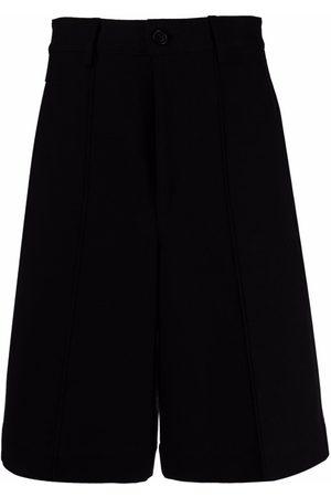 Ami Klassische Shorts mit Faltendetail