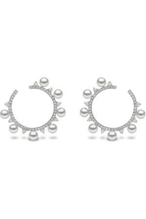 Yoko London 18kt Sleek Weißgoldcreolen mit Akoya-Perlen und Diamanten