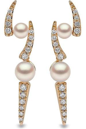 Yoko London 18kt Sleek Gelbgoldohrringe mit Akoya-Perlen und Diamanten