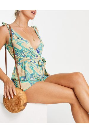 ASOS – Strand-Playsuit mit Schnürung an den Schultern und neonfarbenem Schlangenmuster-Mehrfarbig