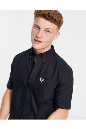 Fred Perry – Marineblaues Oxfordhemd mit kurzen Ärmeln