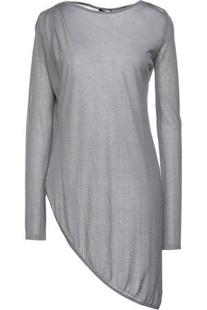 Halston Heritage Damen Shirts - TOPS - T-shirts - on YOOX.com