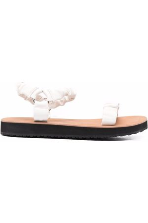12 STOREEZ Ruched leather 20mm sandals