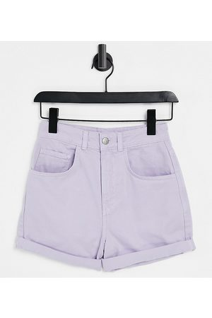 Reclaimed Inspired – Mom-Jeansshorts in lavendelfarbener Waschung-Lila