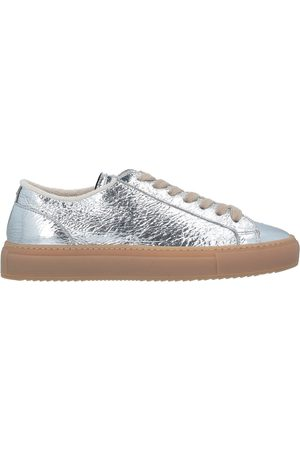 DOUCAL'S SCHUHE - Low Sneakers & Tennisschuhe - on YOOX.com