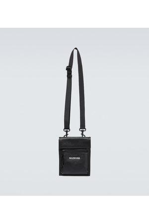 Balenciaga Umhängetaschen - Tasche Explorer aus Leder