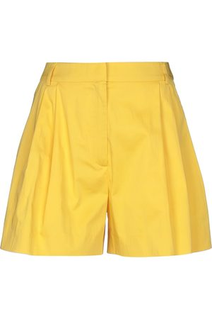 MOSCHINO HOSEN - Shorts - on YOOX.com