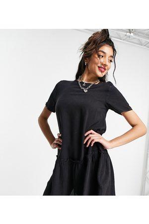 Wednesday's Girl – Mini-Hängerkleid mit Schößchensaum aus Denim in Vintage-Waschung