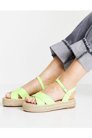 Glamorous – Espadrilles-Sandalen in Limettengrün mit flacher Plateausohle