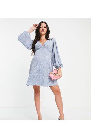 Glamorous Glamorous – Bloom – Wickelkleid in mit Tupfen und Puffärmeln