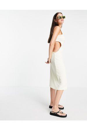 Fashion Union Damen Freizeitkleider - – Breit geripptes Midi-Trägerkleid mit Zierausschnitt in Hüfthöhe