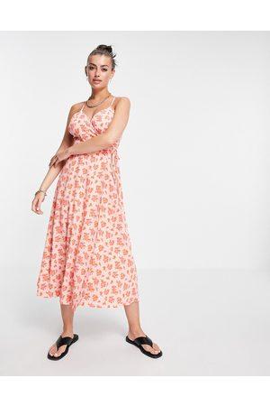 Fashion Union – Midi-Wickelkleid mit überkreuzten Camisole-Trägern und Vintage-Blumenmuster
