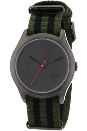 Nixon Uhren - Unisex-Armbanduhr The Quad Surplus/Black Nylon Analog Quarz A3441151-00