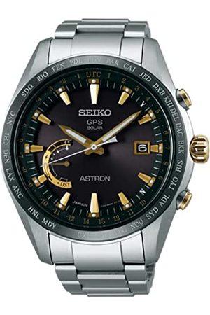 Seiko Herren Analog Solar Uhr mit Titan Armband SSE087J1