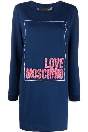 Love Moschino Sweatshirtkleid mit Logo
