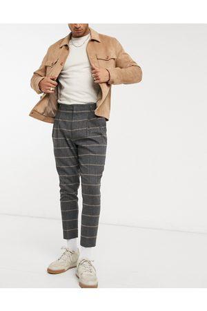 ASOS Herren Chinos - – Elegante, schmal zulaufende Hose aus Wollmischung mit Karomuster, Doppelfalten und kurzem Schnitt