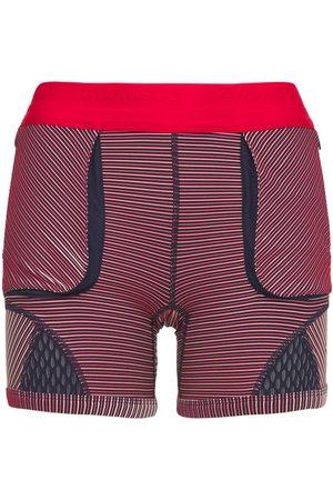 "Nike Damen Kurze Hosen - Utility-shorts ""gyakusou Xe"""