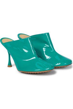 Bottega Veneta Mules Dot Sock aus Lackleder