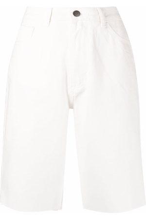 12 STOREEZ Ausgefranste Jeans-Shorts