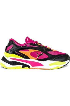 PUMA RS-Fast C Lights in . Size 5.5, 6, 6.5, 7, 7.5, 8, 8.5, 9, 9.5.