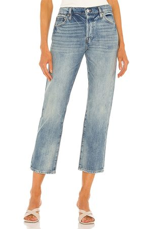 Frame Le Pixie Slouch in . Size 24, 25, 26, 27, 28, 29, 30, 31, 32.