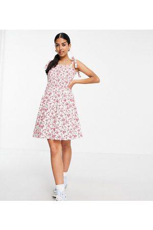 Daisy Street – Kurzes Camisole-Kleid mit Trägern zum Binden, Rüschen und Vintage-Blumenmuster