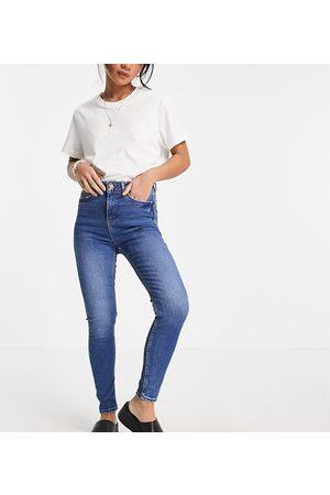 New Look – Lift & Shape – Enge Jeans in Hellblau