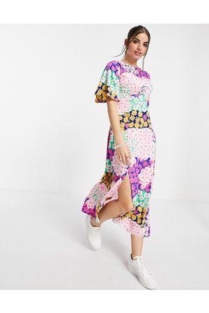 Influence – Midi-Freizeitkleid mit buntem Blumenmuster-Mehrfarbig
