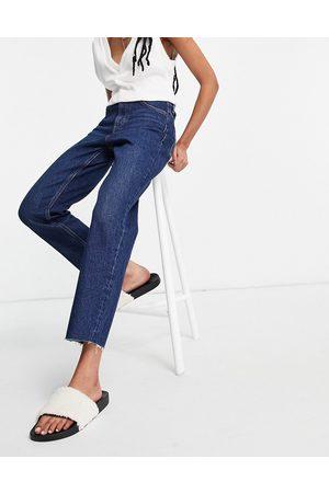 Topshop – Straight-Jeans in Indigoblau