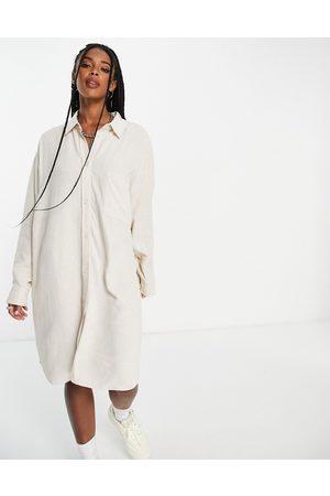 Weekday Damen Freizeitkleider - – Hertha – Hemdkleid aus umweltfreundlichem Leinen in Beige
