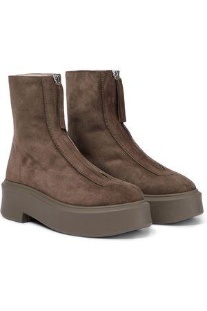 The Row Stiefel Zipped Boot 1 aus Veloursleder
