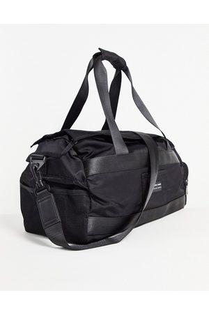 ASOS – Gym – Reisetasche aus Nylon in , 26 Liter