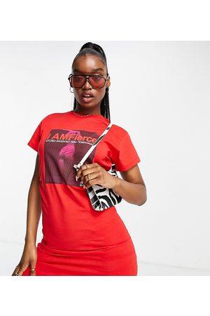"""AsYou – T-Shirt-Kleid in mit Gummizug an der Taille und """"I am fierce""""-Grafikdruck"""