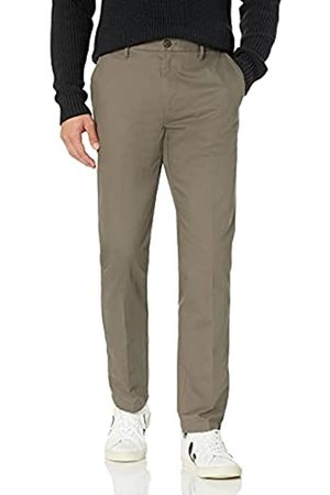 Goodthreads Amazon-Marke: Herrenhose, sportliche Passform, knitterfrei, Chino Stil
