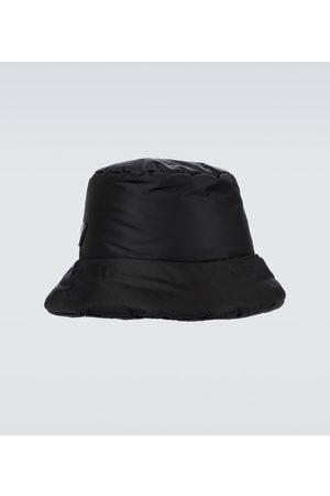 Prada Hüte - Wattierter Fischerhut aus Re-Nylon