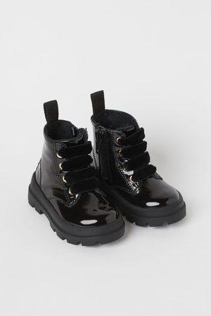 H&M Boots mit warmem Futter
