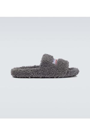 Balenciaga Sandalen aus Faux Fur