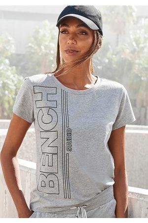 Bench Damen Shirts - T-Shirt, mit senkrechtem Logodruck