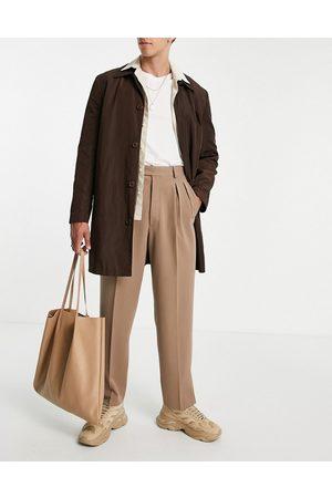 ASOS Herren Chinos - – Schmal geschnittene, elegante Hose in der Farbe Stein mit hohem Bund, doppelter Plisseefalte und Bundschlitz vorne-Neutral