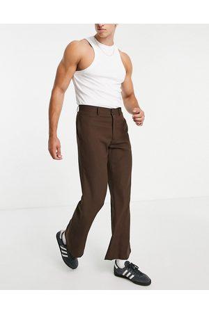 ASOS – Elegante, ausgestellte Hose in mit kleinem Karomuster