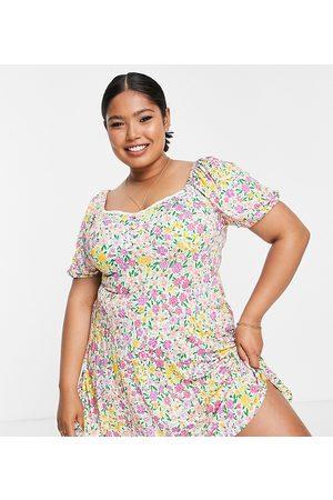 ASOS ASOS DESIGN Curve – Kurzärmliges Mini-Freizeitkleid mit hellem Blumenmuster und Spitzenborte-Mehrfarbig