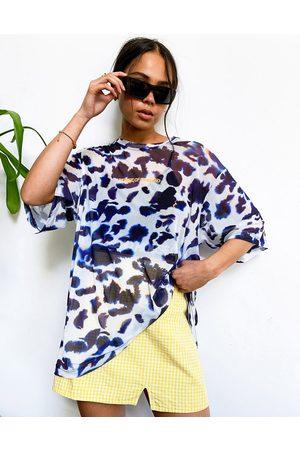 House of Holland – T-Shirt aus Tüll mit abstraktem Animal-Print und trägerlosem Oberteil