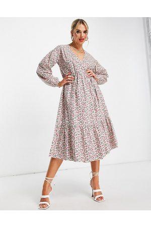 Glamorous – Midi-Wickelkleid mit Ditsey-Kirschmuster-Mehrfarbig