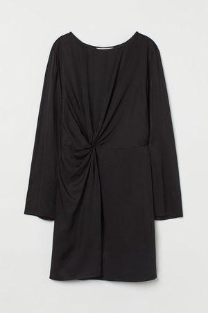 H&M Drapiertes Kleid