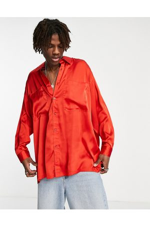 ASOS – Extremes Oversized-Hemd aus Satin leuchtendem