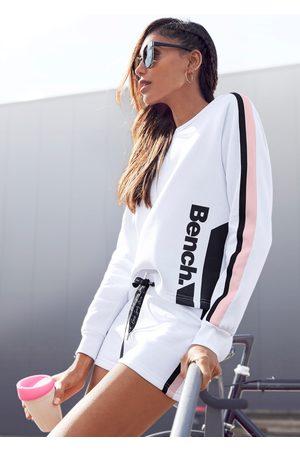 Bench Sweater, kurze Form mit Kontraststreifen