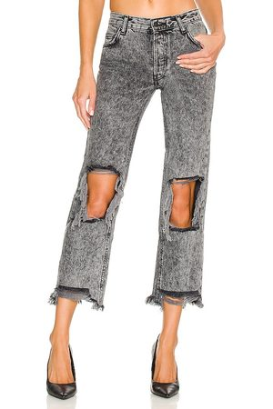 Free People Maggie Mid Rise Straight in . Size 25, 26, 27, 28, 29.